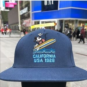 Gorra GAP Disney California Mickey Mouse